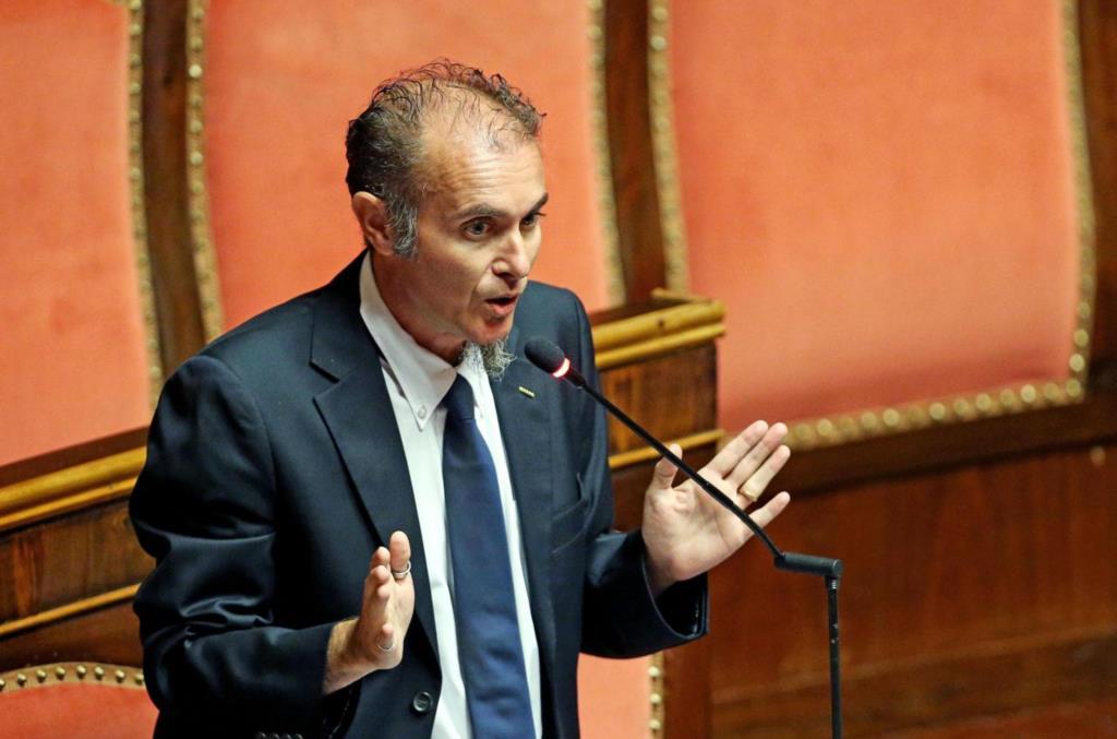 Interruzione servizio assistenza disabili: il senatore Santangelo presenta un'interrogazione parlamentare