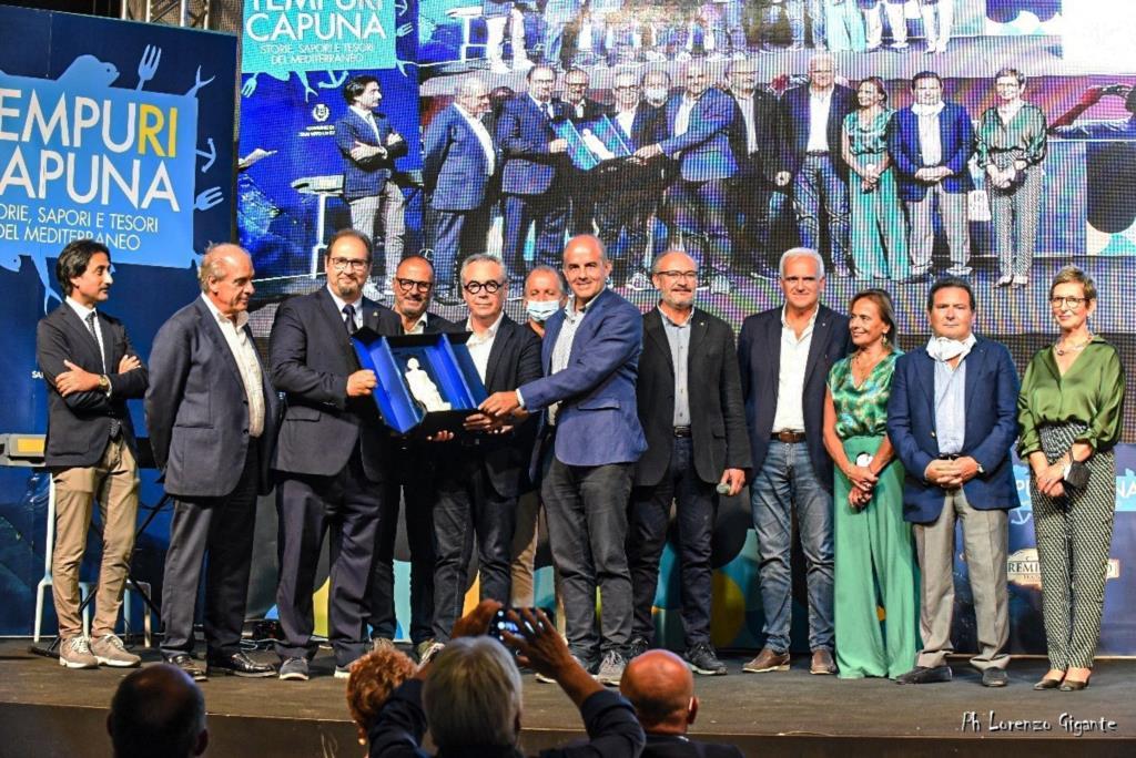 Premio Saturno, il sindaco di Partanna premia l'Asp