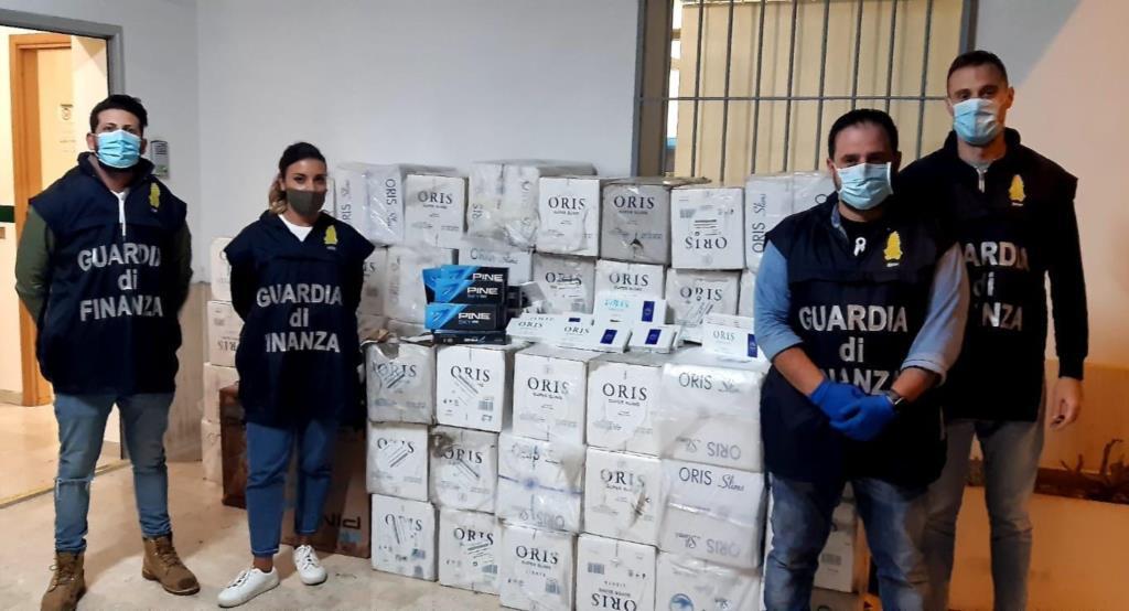 Campobello: quattro arresti e 700Kg di sigarette sequestrati dalla Guardia di Finanza
