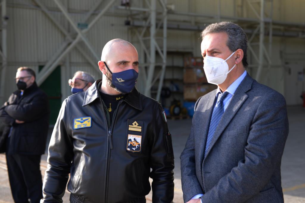 Marsala. Il sindaco Grillo in visita all'82° Centro Combat S.A.R. di Birgi