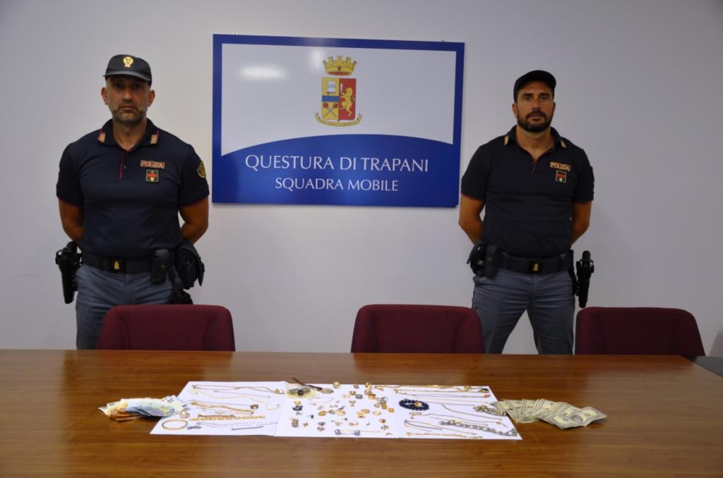 Trapani, arrestati dalla Squadra Mobile due ladri in traferta