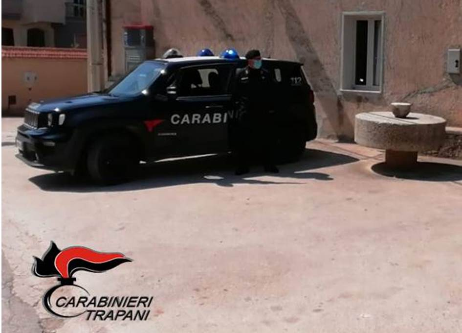 Salemi: pusher in trasferta arrestato dai carabinieri