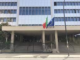 Tenta di darsi fuoco all'interno del Tribunale: attimi di tensione ieri a Trapani