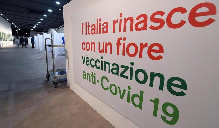 Vaccini under 40: boom di prenotazioni in Sicilia