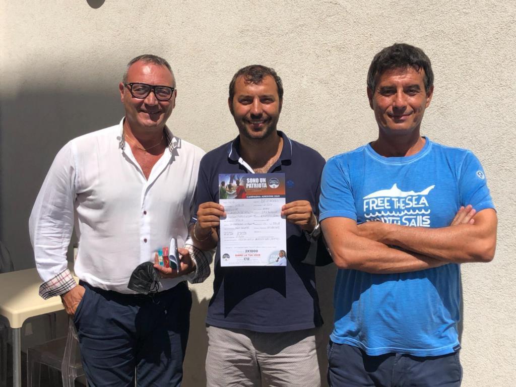 Erice, Luigi De Vincenzi aderisce a Fratelli d'Italia e in Vetta qualcuno