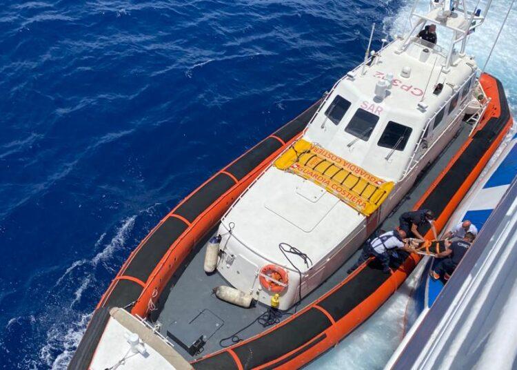 Pantelleria, malore sul traghetto: interviene la Capitaneria