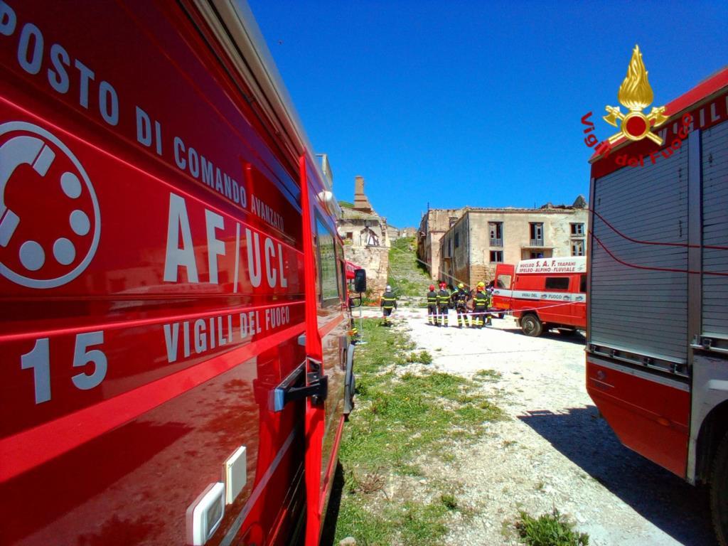 Poggioreale: i vigili del fuoco testano un sistema di comunicazione satellitare in emergenza