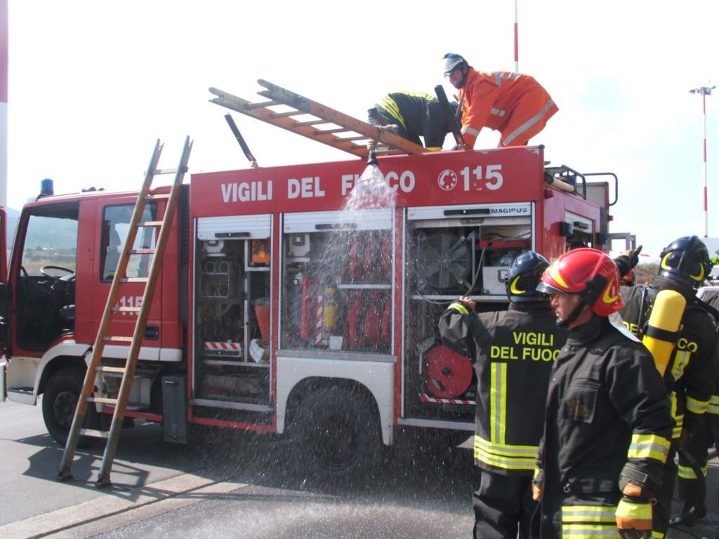 Incendio sulla A 29, ripristinata la viabilità a Segesta