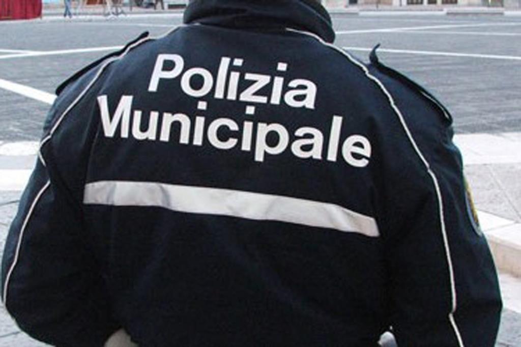 Blitz dei Vigili urbani in centro storico a Trapani