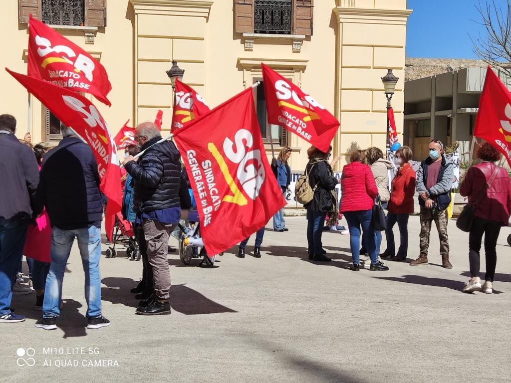 Assistenza agli alunni disabili, la protesta del sindacato SGB
