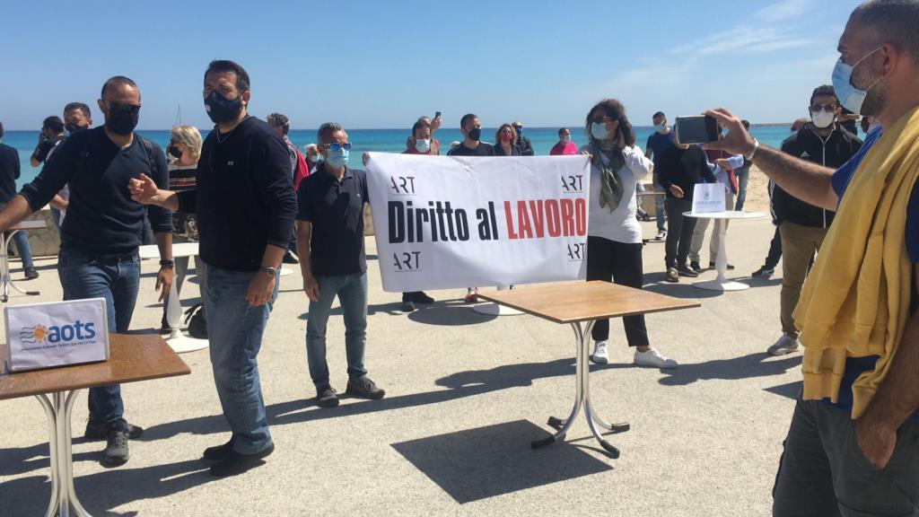 San Vito Lo Capo, monta la protesta dei ristoratori (VIDEO)